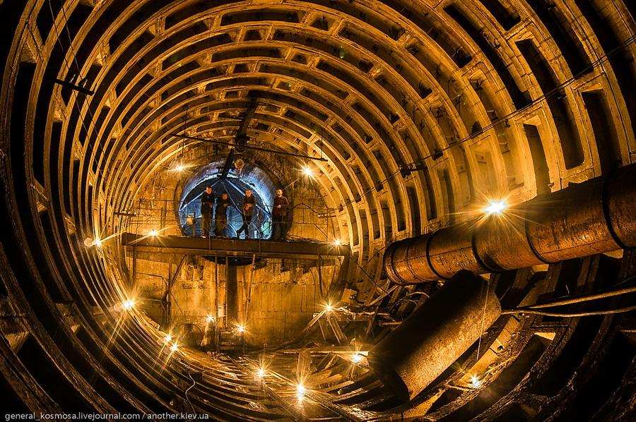 ekskursiya-s-diggerom Командный бункер Киевского метрополитена