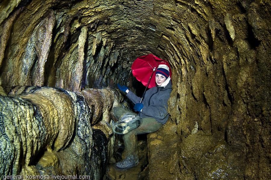 Тот самы проход из подземной реки Клов в подвалы завода