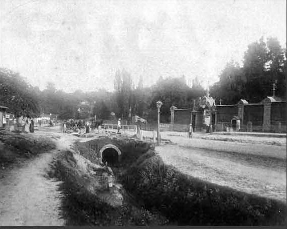 Глубочицкая канава вблизи стыка с нынешней улицей Пимоненко в 1890-е годы