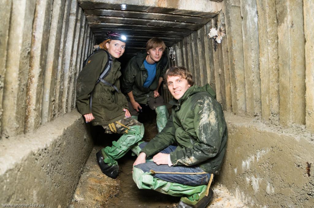 В подземных ходах дренажной штольни Аскольдова