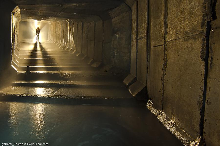 podzemelya-kieva-s-diggerami Ручей Кадетская Роща - подземная река Первомайского массива Киева