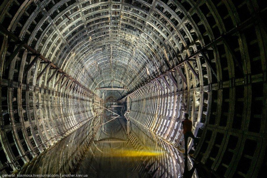 Заброшенный подземный город в Киеве