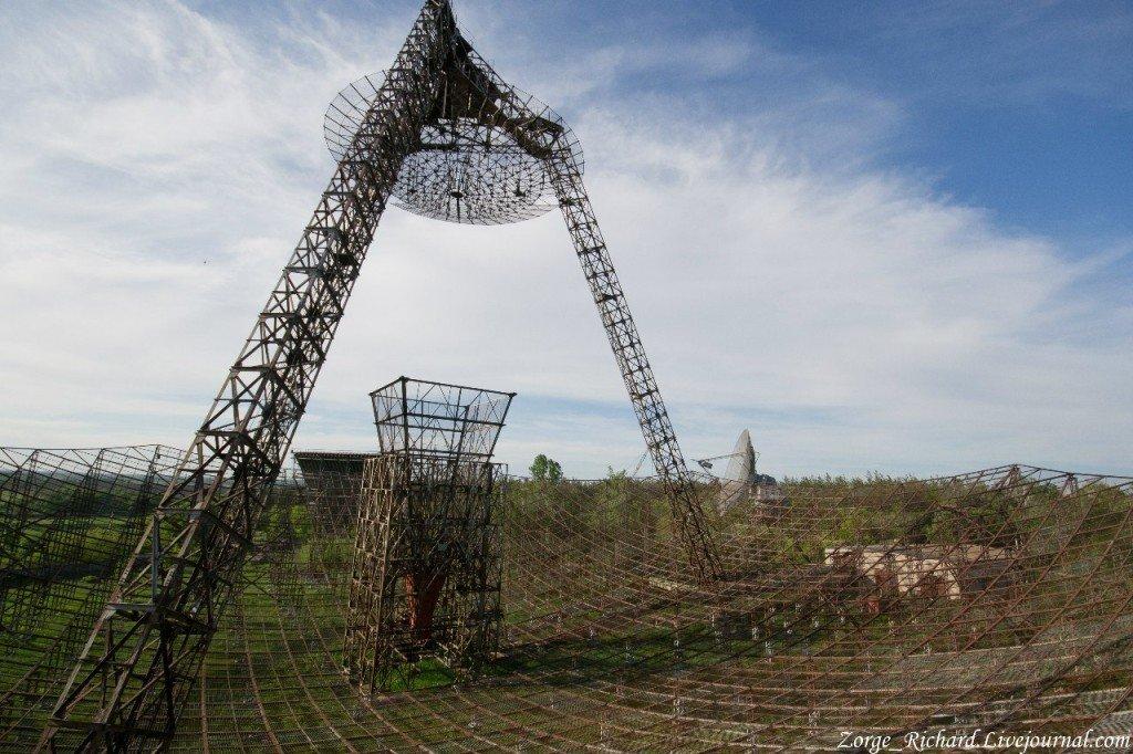 8HuUibLkUMk-1024x682 Четыре заброшенных антенных комплекса в Украине