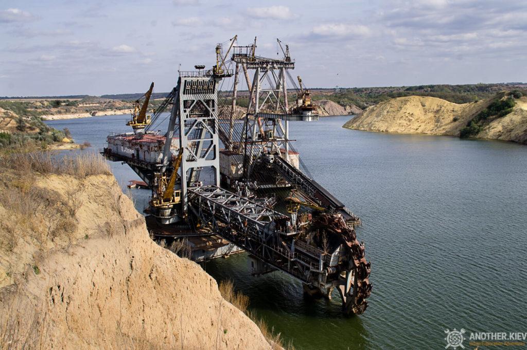Digger-fw-6297-1024x680 Монстры угольных разрезов: Константиновский и Морозовский карьеры