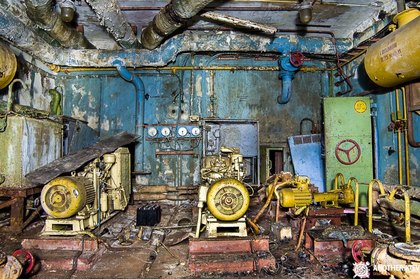 """exploring-nuclear-bunker-duga-312 БУНКЕР ЗГРЛС """"ДУГА-1"""""""