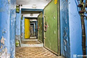 exploring-nuclear-bunker-duga-39-300x200 В Припять не легально - чернобыльская зона глазами сталкера