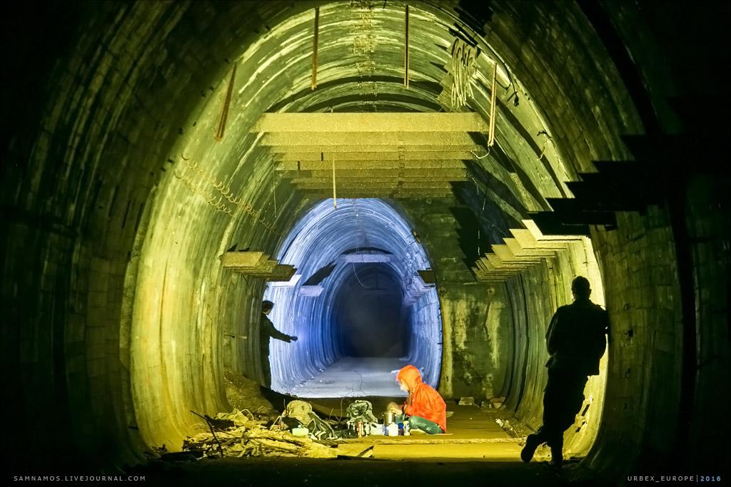 regenwurmlager-urbex-photo-expedition-tunnel7 Экспедиция в Лагерь Дождевого Червя - 07-10/07/18