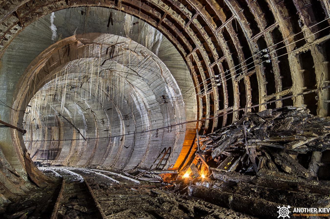 unfinished-abandoned-diesel-power-station-bunker-6839-min Недостроенная и заброшенная дизельная электростанция в киевском метро