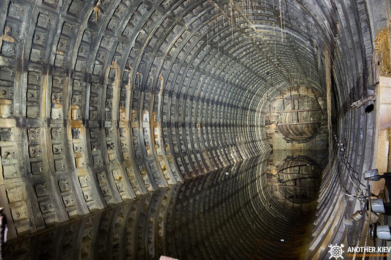 unfinished-abandoned-diesel-power-station-bunker-6867-min Недостроенная и заброшенная дизельная электростанция в киевском метро