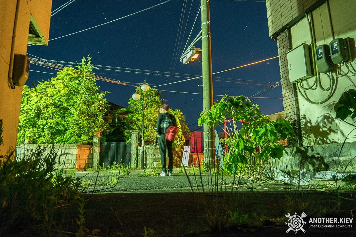 night-streets-of-Futaba Поход в заброшенный город Футаба, зона отчуждения Фукусимы