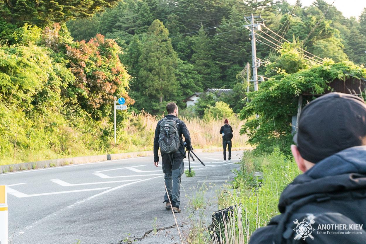 on-the-way-back-from-fukushima Поход в заброшенный город Футаба, зона отчуждения Фукусимы