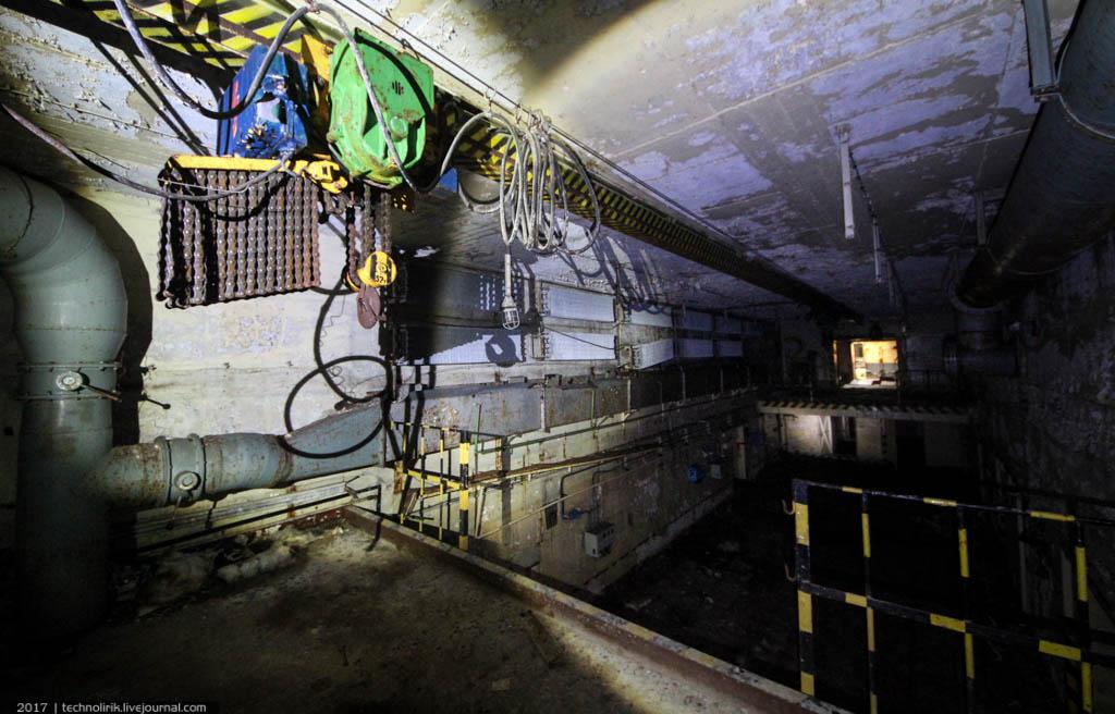exploring-ussr-nuclear-bunker-germany16 Заброшенный советский ядерный арсенал оставшийся под Берлином