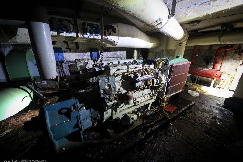 exploring-ussr-nuclear-bunker-germany49 Заброшенный советский ядерный арсенал оставшийся под Берлином