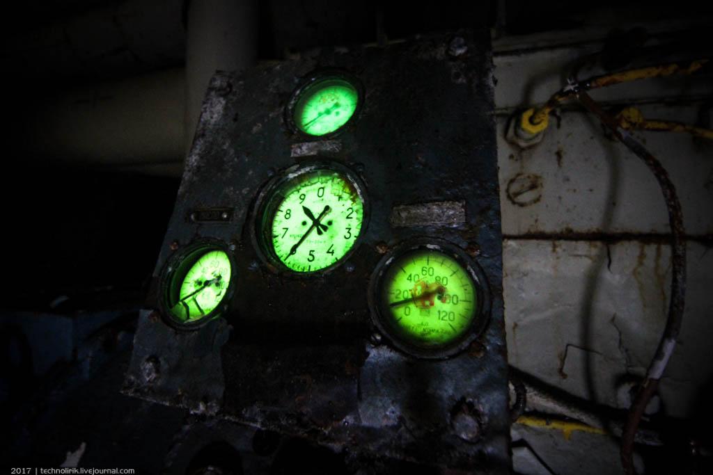 exploring-ussr-nuclear-bunker-germany51 Заброшенный советский ядерный арсенал оставшийся под Берлином