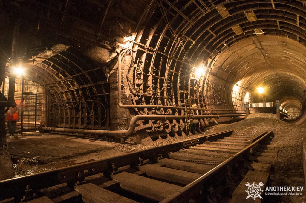 service-line-lukianovaskaya2-1024x680 Топ-7 тайных мест киевского метро