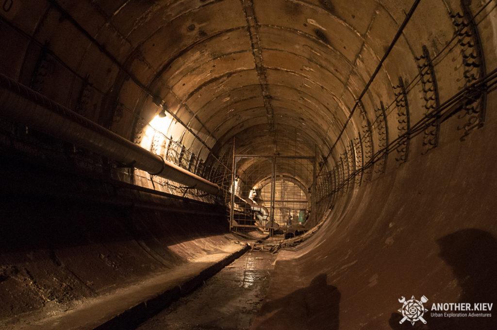 service-line-lukianovaskaya3-1024x680 Топ-7 тайных мест киевского метро