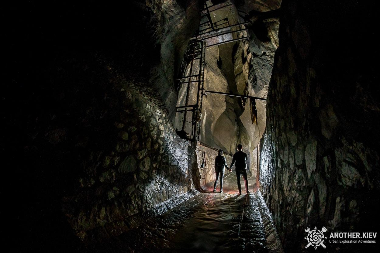 underground-tunnel-sorrento-river4 Затерянный Мир в недрах городка Сорренто. Италия