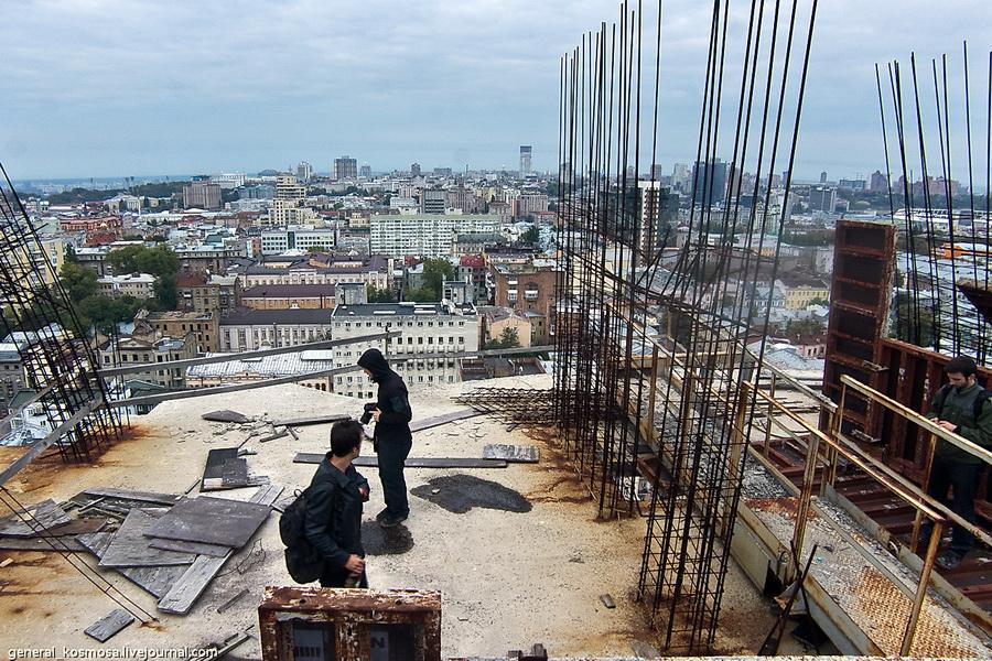 sobiraemsya-uxodit Крыша возле велотрека