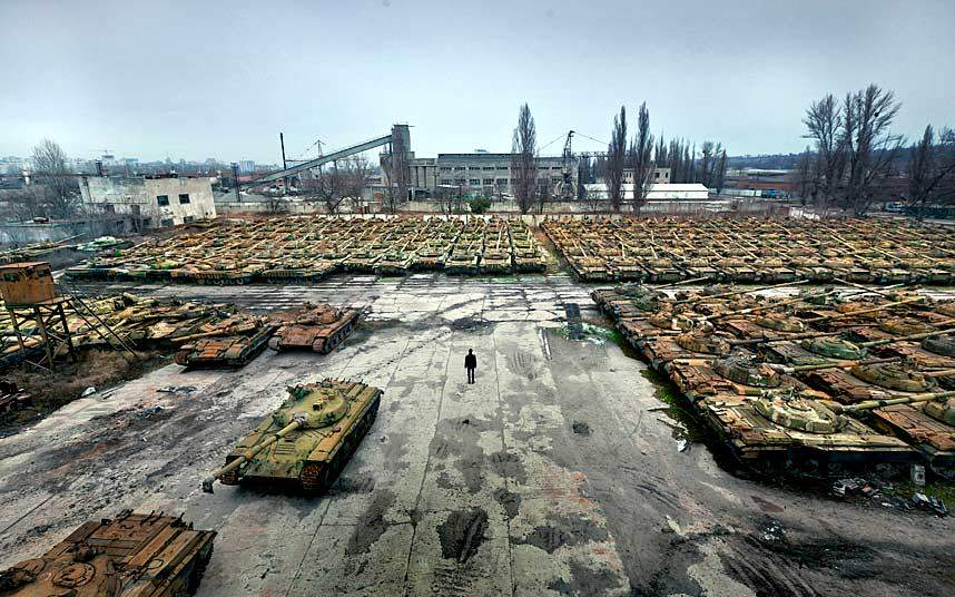 Chemestry of abandoned panzers in Kharkiv