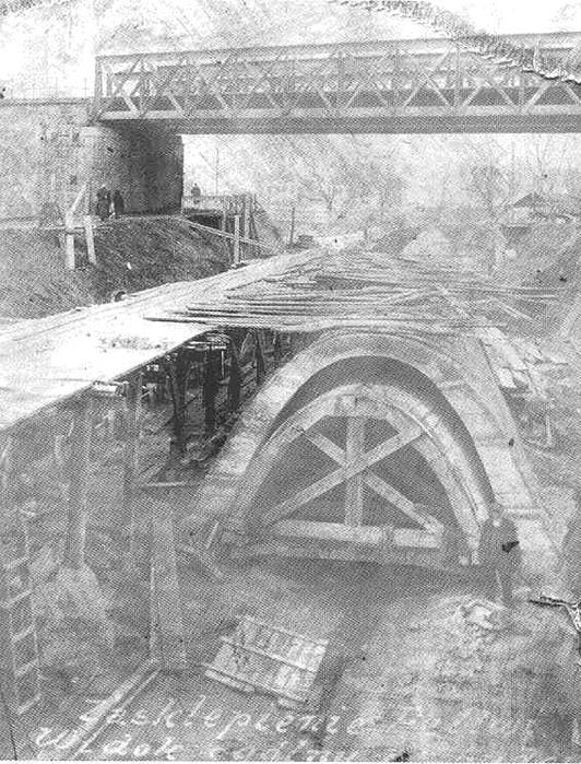 Строительство коллектора подземной реки во Львове
