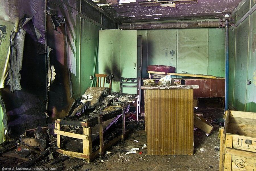 Типичное разграбленное убежище в Киеве
