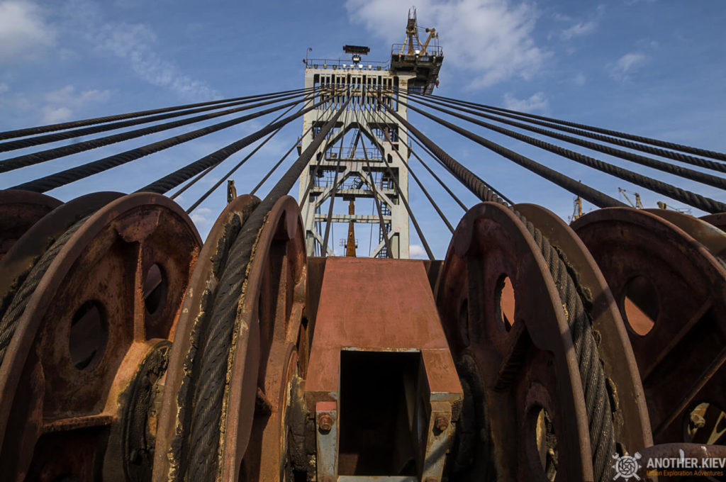 Digger-fw-6382-1024x680 ABANDONED OPENCAST MINES IN UKRAINE: SOVIET IRON DINOSOURUS