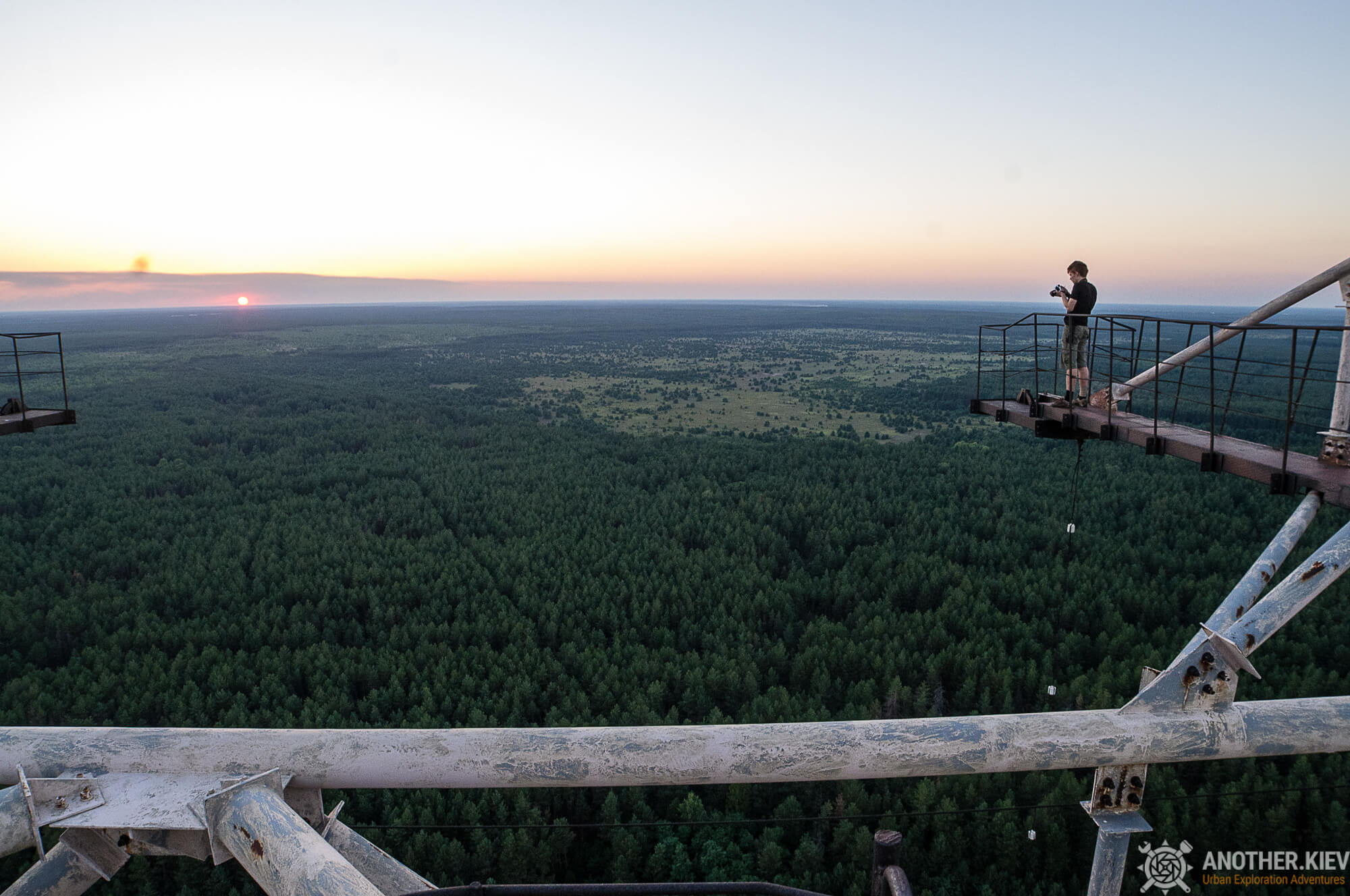 on the top of Russian woodpecker