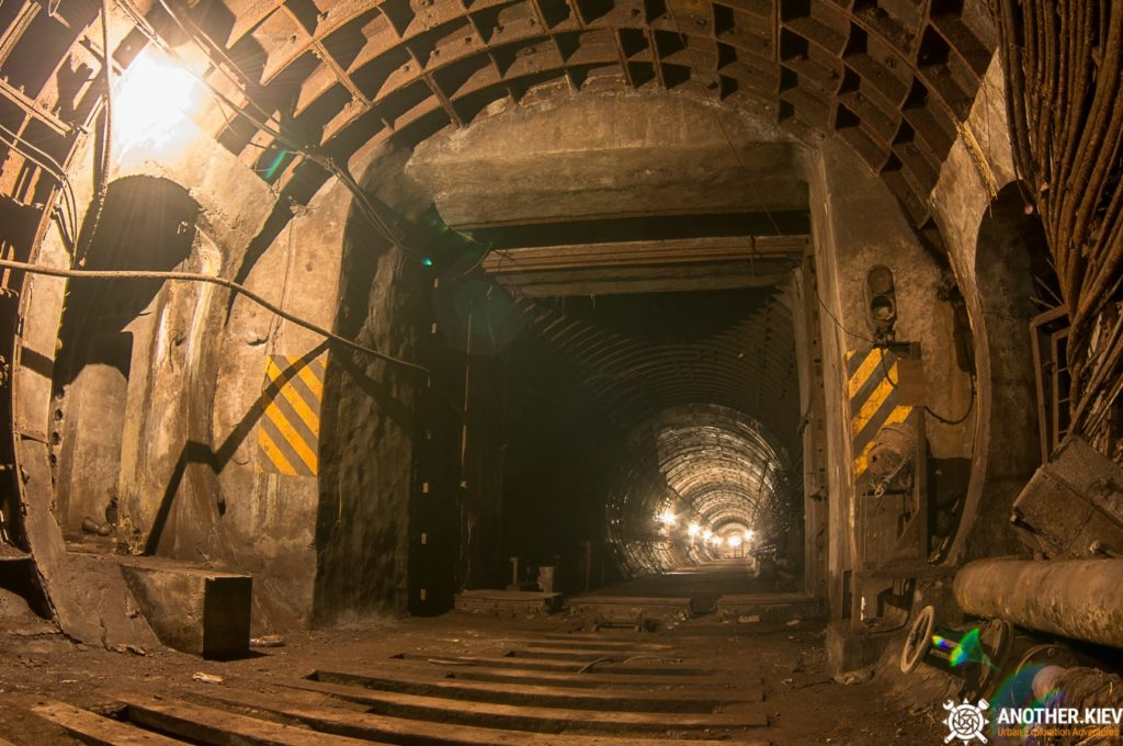 Abandoned-subway-tunnels-Kiev-1942-min-1024x680 TOP 7 HIDDEN PLACES IN KYIV SUBWAY TUNNELS