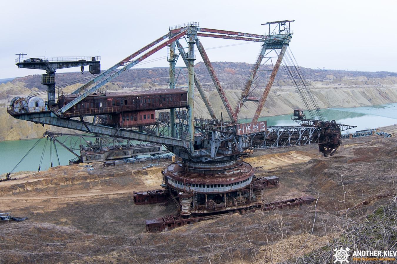 abandoned excavator in the Morozovo coal mine
