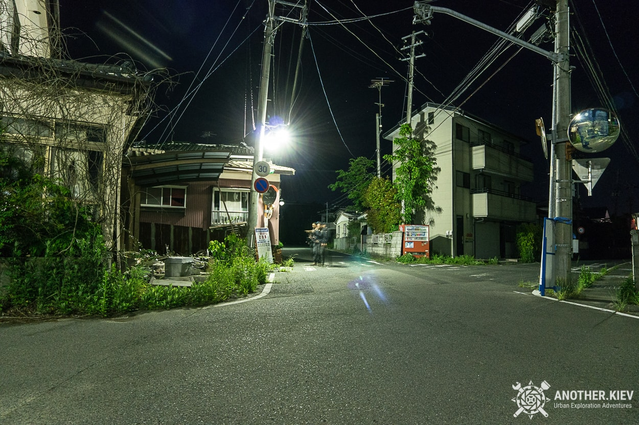 Streets-of-Futaba Поход в заброшенный город Футаба, зона отчуждения Фукусимы