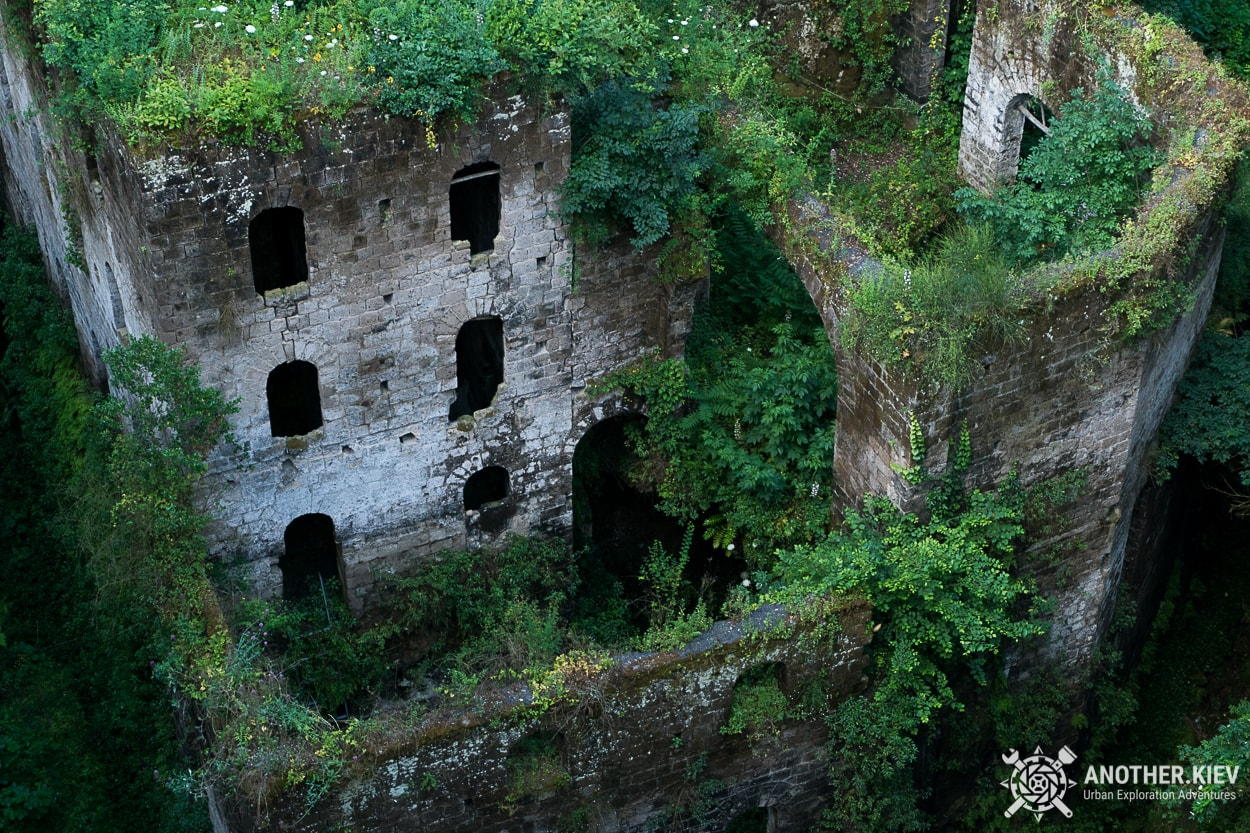 abandoned-mill-exploration-sorrento1 THE LOST WORLD IN THE BOWELS OF THE TOWN SORRENTO. ITALY