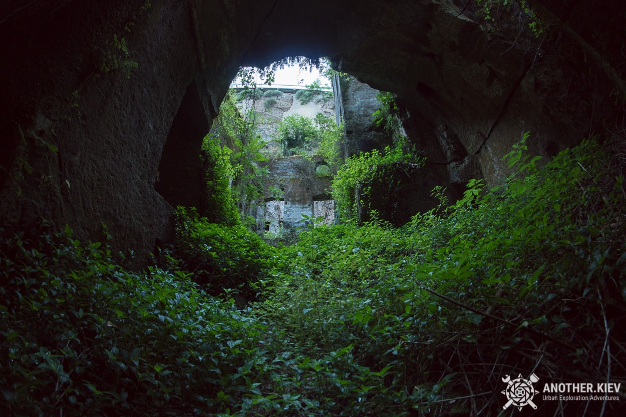 abandoned-mill-sorrento-how-to-get1 THE LOST WORLD IN THE BOWELS OF THE TOWN SORRENTO. ITALY