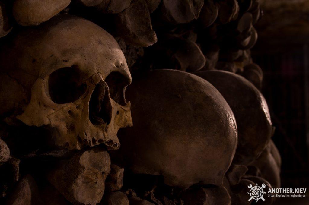 paris-catacombs-dark-urbex-tour-3-1024x680 ТОП 7 самых впечатляющих мест в мире для URBEX путешествий