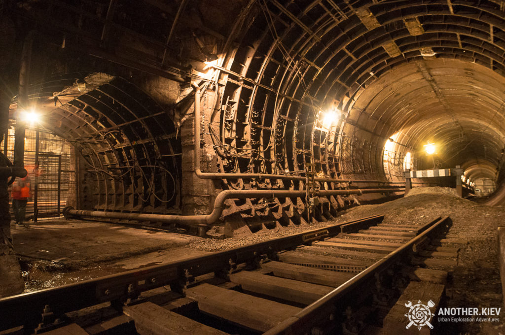 service-line-lukianovaskaya2-1024x680 TOP 7 HIDDEN PLACES IN KYIV SUBWAY TUNNELS
