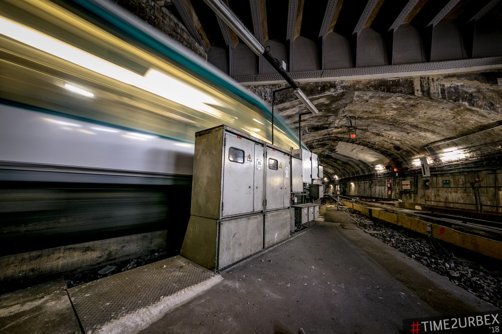 13-1 7 GHOST STATIONS OF THE PARIS METRO AND HOW TO GET INTO THE ILLEGALLY + UNUSUAL TUNNELS + RER