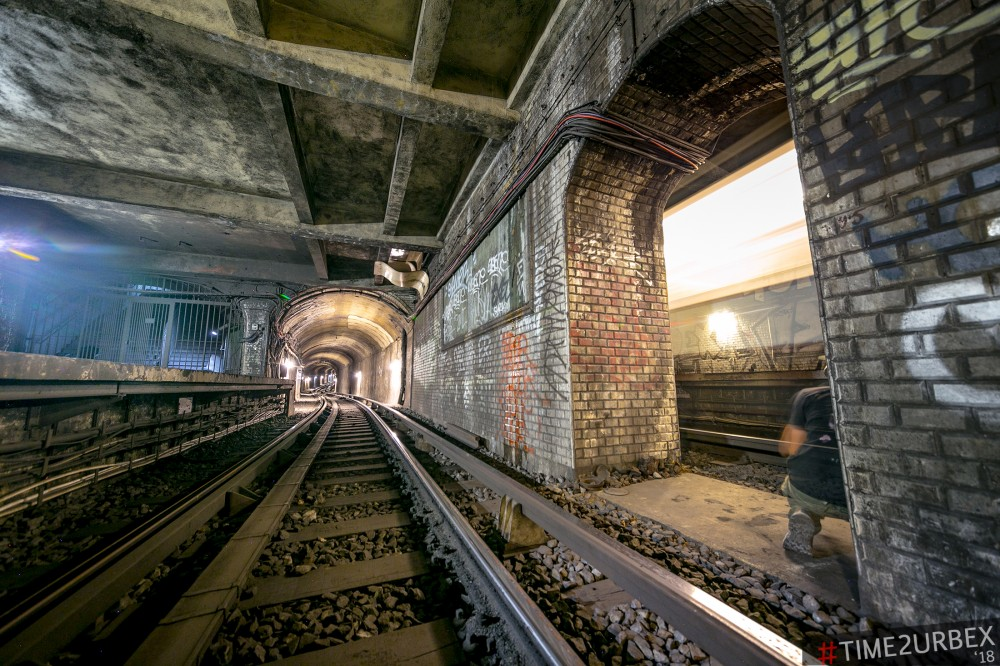 13 7 GHOST STATIONS OF THE PARIS METRO AND HOW TO GET INTO THE ILLEGALLY + UNUSUAL TUNNELS + RER