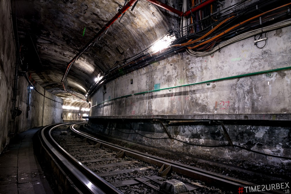 14-1 7 GHOST STATIONS OF THE PARIS METRO AND HOW TO GET INTO THE ILLEGALLY + UNUSUAL TUNNELS + RER