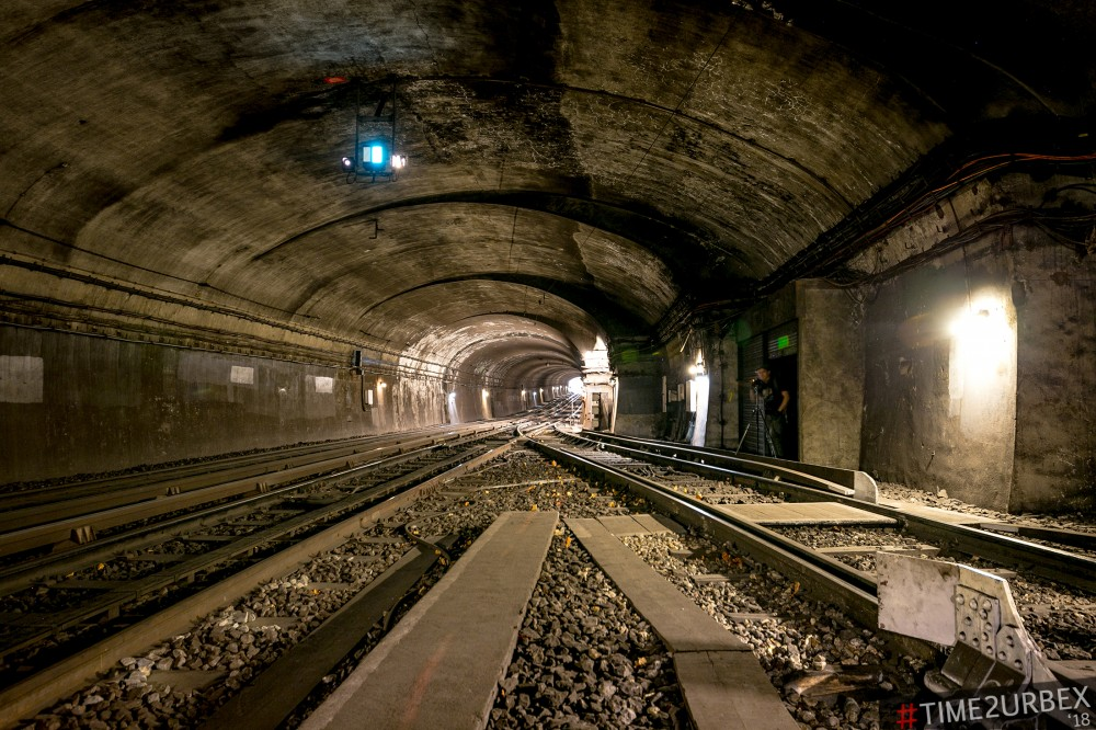 16-1 7 GHOST STATIONS OF THE PARIS METRO AND HOW TO GET INTO THE ILLEGALLY + UNUSUAL TUNNELS + RER
