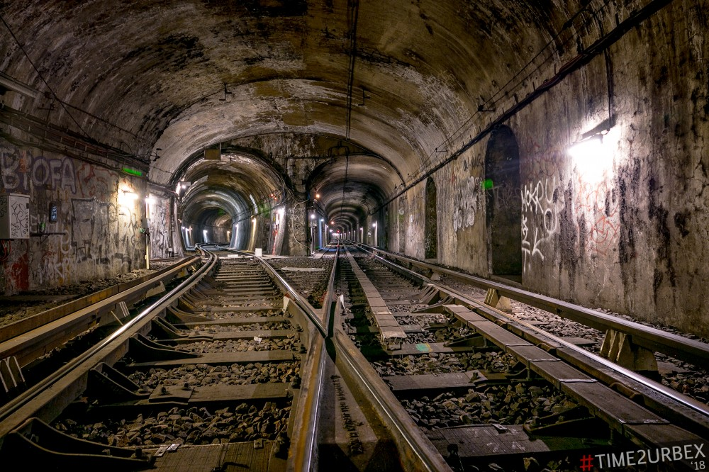 22 7 GHOST STATIONS OF THE PARIS METRO AND HOW TO GET INTO THE ILLEGALLY + UNUSUAL TUNNELS + RER