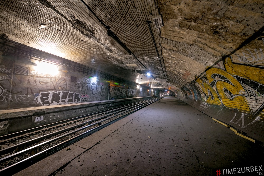 34 7 GHOST STATIONS OF THE PARIS METRO AND HOW TO GET INTO THE ILLEGALLY + UNUSUAL TUNNELS + RER