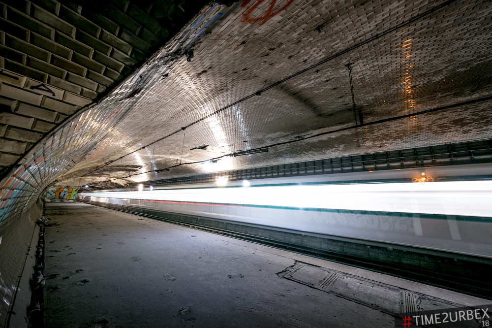 36 7 GHOST STATIONS OF THE PARIS METRO AND HOW TO GET INTO THE ILLEGALLY + UNUSUAL TUNNELS + RER