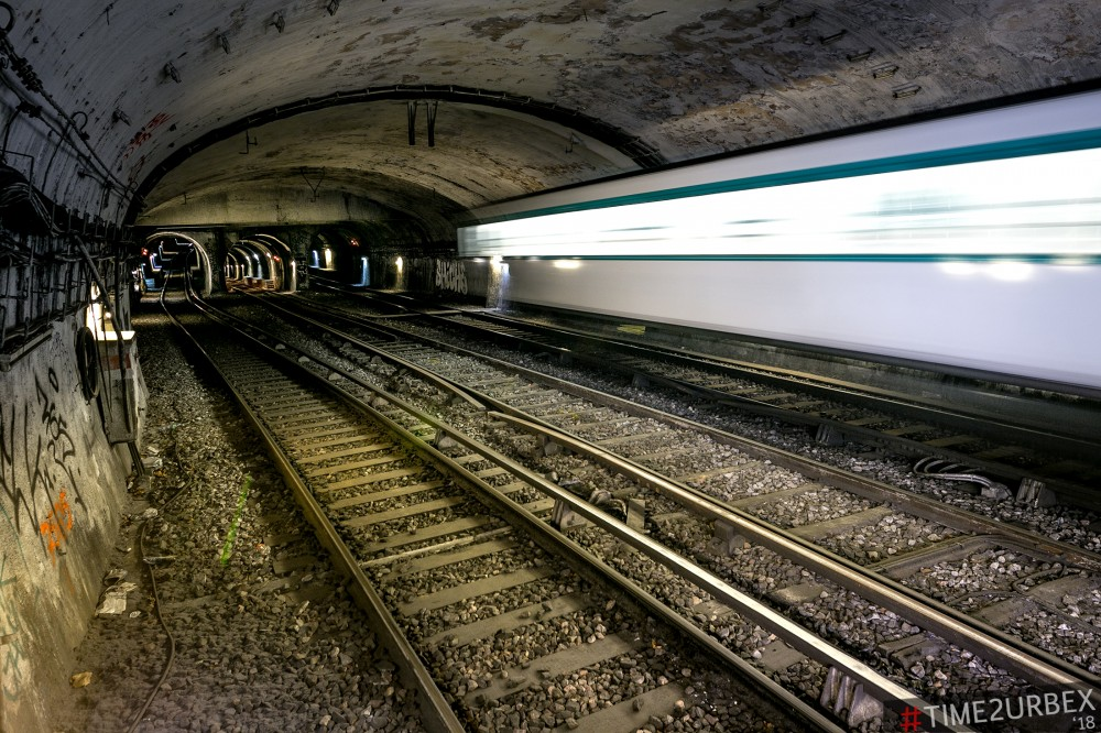4-1 7 GHOST STATIONS OF THE PARIS METRO AND HOW TO GET INTO THE ILLEGALLY + UNUSUAL TUNNELS + RER