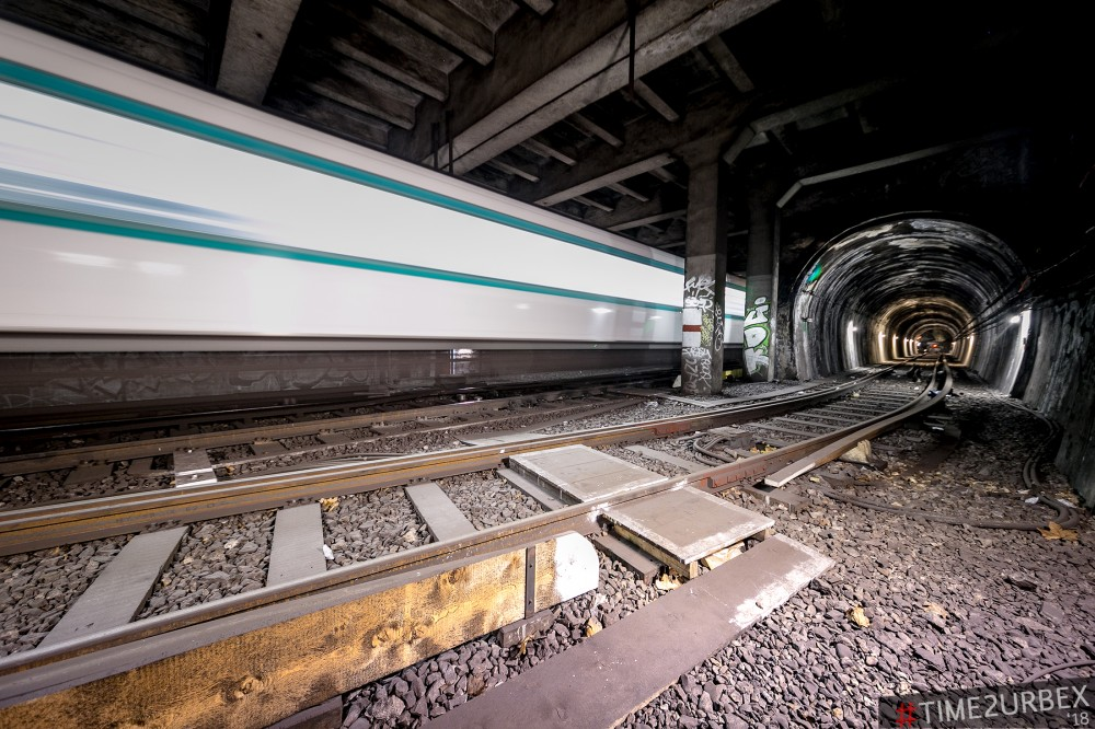 42 7 GHOST STATIONS OF THE PARIS METRO AND HOW TO GET INTO THE ILLEGALLY + UNUSUAL TUNNELS + RER