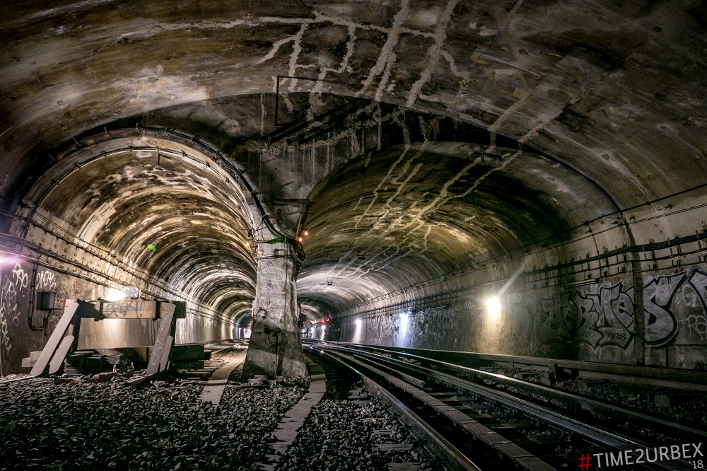 47 7 GHOST STATIONS OF THE PARIS METRO AND HOW TO GET INTO THE ILLEGALLY + UNUSUAL TUNNELS + RER