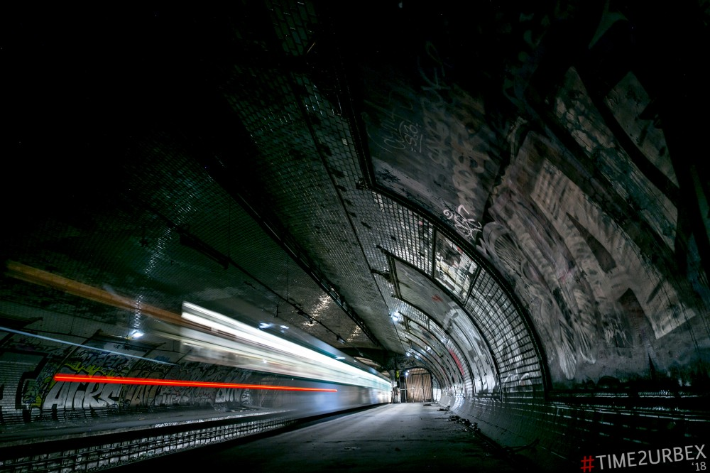 5 7 GHOST STATIONS OF THE PARIS METRO AND HOW TO GET INTO THE ILLEGALLY + UNUSUAL TUNNELS + RER