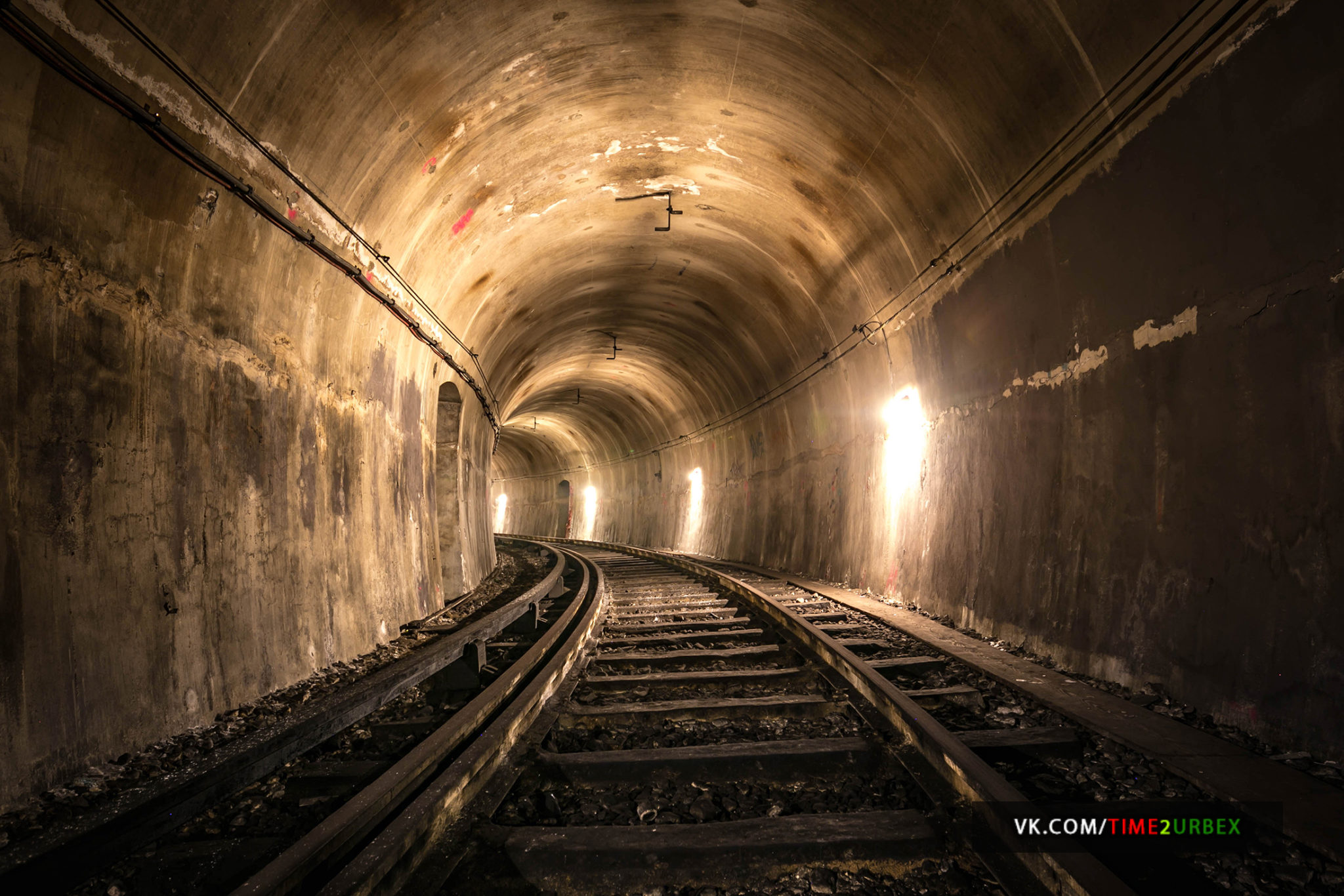 57-1 7 GHOST STATIONS OF THE PARIS METRO AND HOW TO GET INTO THE ILLEGALLY + UNUSUAL TUNNELS + RER