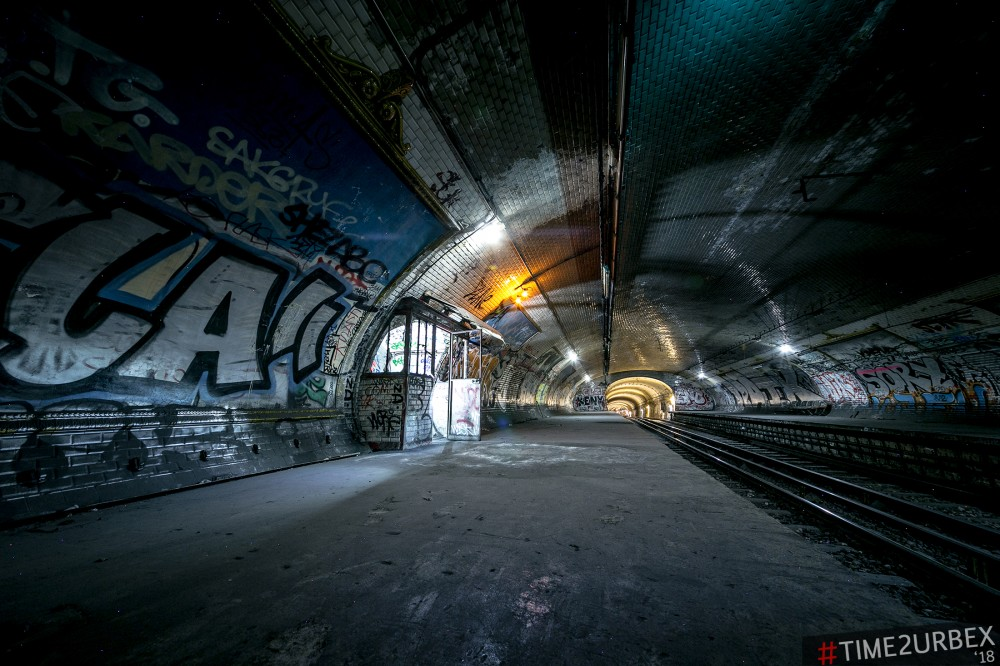 7 7 GHOST STATIONS OF THE PARIS METRO AND HOW TO GET INTO THE ILLEGALLY + UNUSUAL TUNNELS + RER