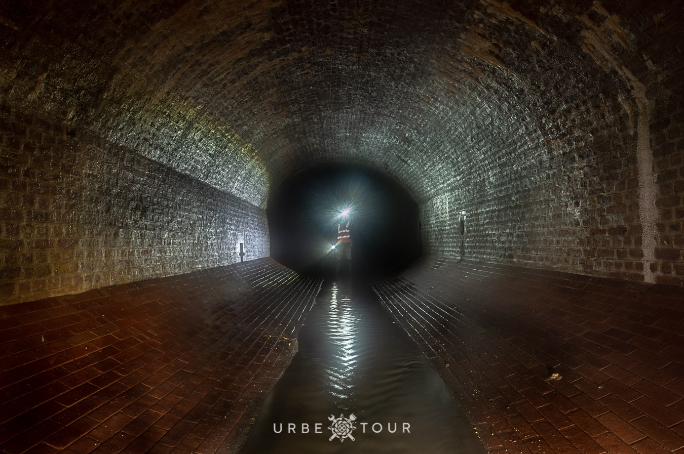 historycal brick tunnels under london