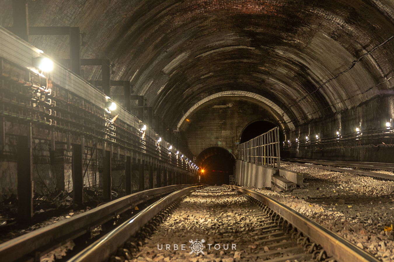 tunnels in liverpool metro