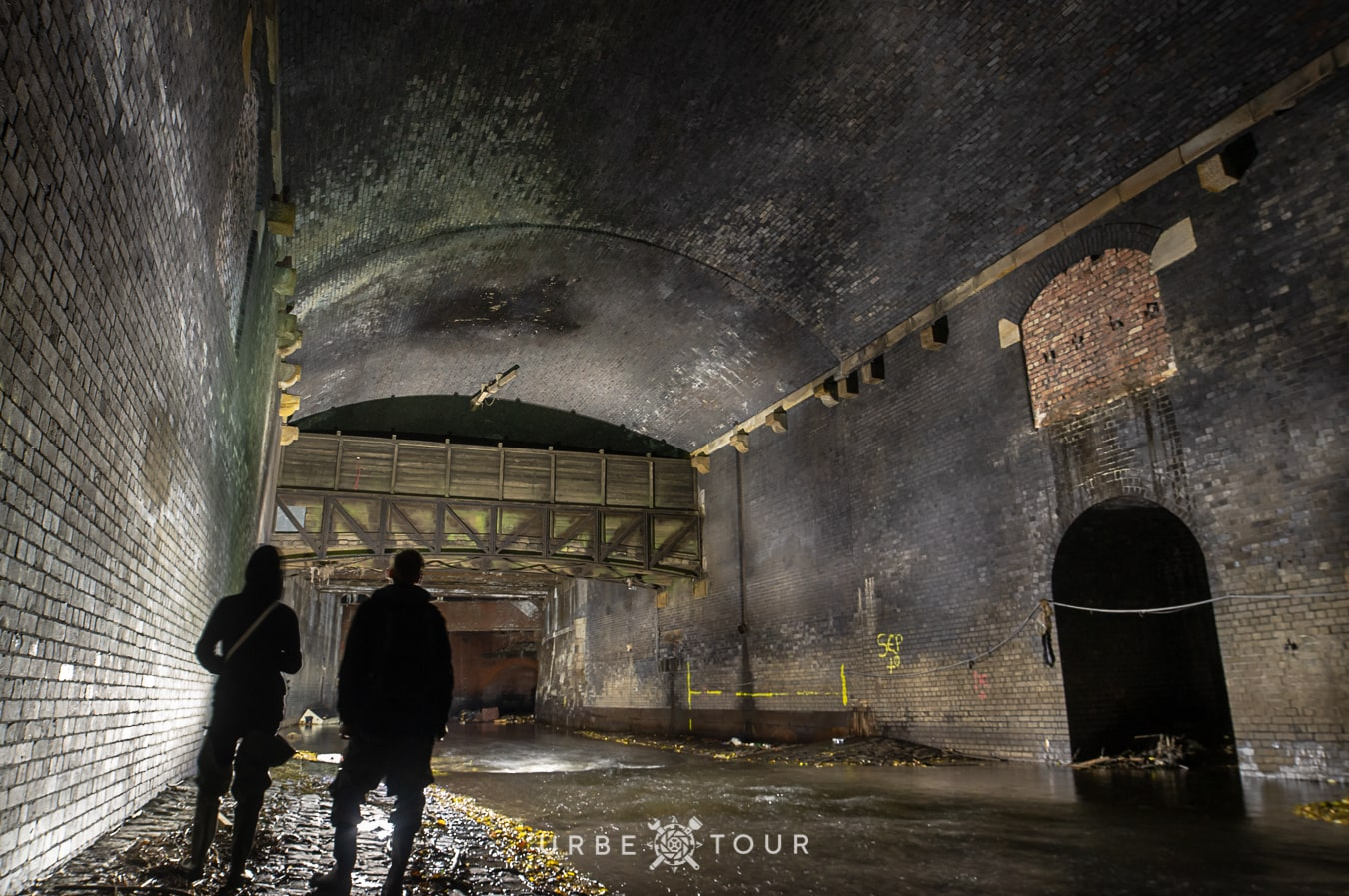 tunnel tour underground river manchester